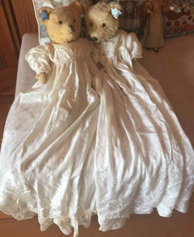 ANTIQUE VICTORIA EMILY SET by VINTAGE BEARS