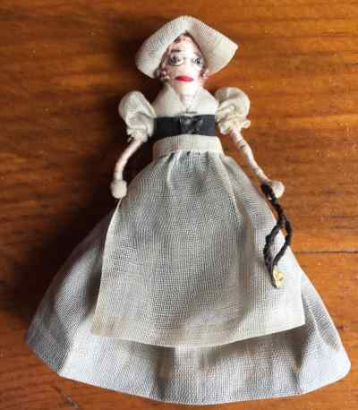 VINTAGE QUAKER MAID MINI DOLL by DOLLHOUSE